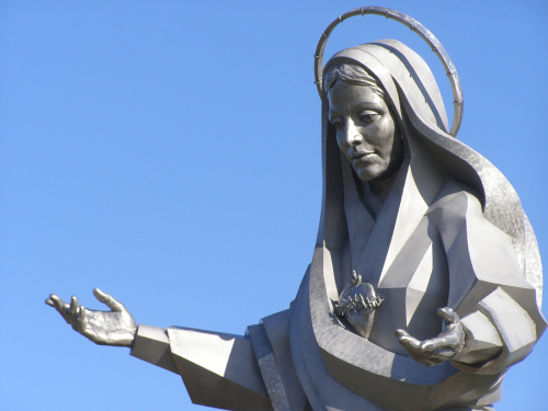 1600px-Mary _Mother_of_Jesus_PA140682